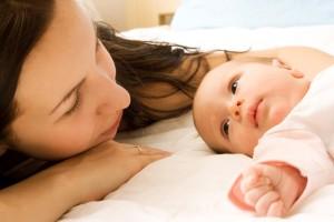 emzirmenin-anne-ve-bebek-icin-faydalari-2